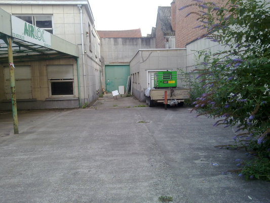 02072014 bâtiment debout